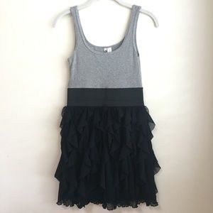 6 Degrees Black & Gray Ribbed Ruffle Tank Dress